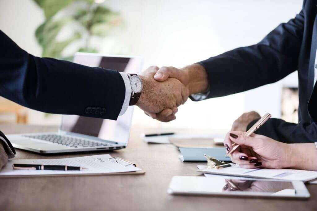 Javajan. Tancat l'acord per a la gestió online dels punts de càrrega elèctrica de Cabo Verde